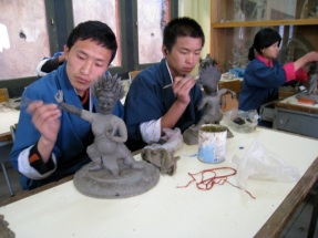 learning Buddhist sculpture