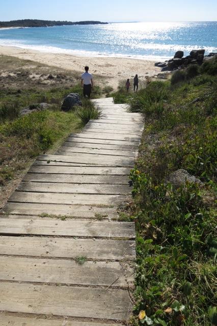 Bingi Dreaming Track, Bingi Beach