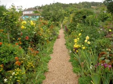 garden path, house beyond