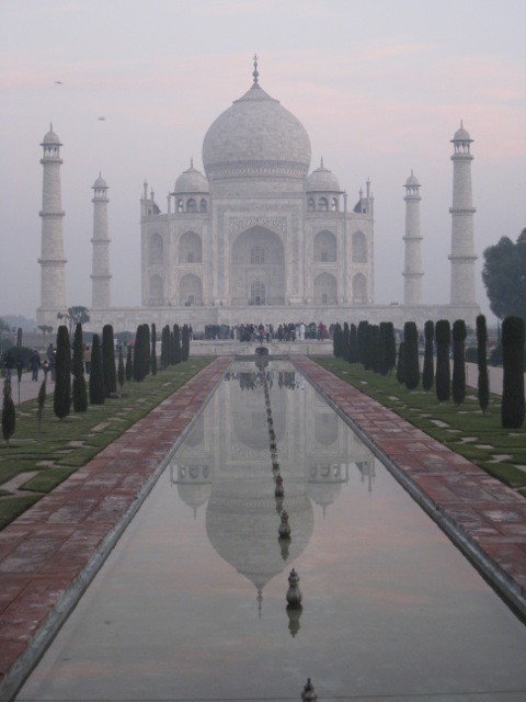 Taj Mahal early morning mist